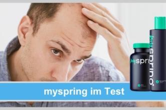 myspring im Test: Haarwuchsmittel, Mann mit Haarausfall, schütteres Haar, Mittel gegen Haarausfall